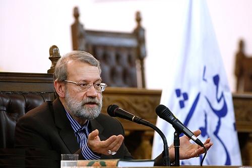 هدف مجلس علاج پدیده حقوق های نجومی/رفیق آقای روحانی هستم/ آمریکا مراقب باشد پابرهنه وارد منطقه نشوند