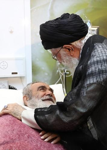 امام خامنه ای با حضور در یکی از بیمارستانهای تهران از دوست خود آیتالله مظاهری عیادت کردند