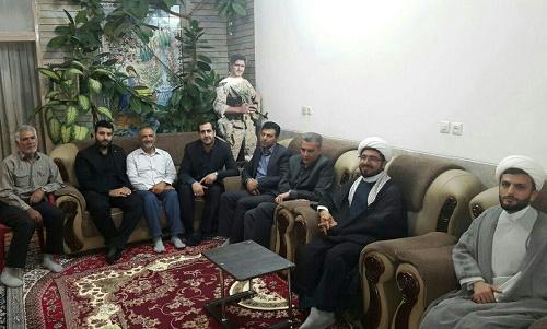 حضور اعضای شورای اسلامی شاهینشهر در مراسم هفتمین روز عروج ملکوتی شهید مدافع حرم حججی