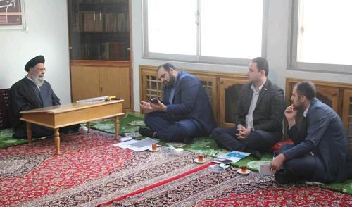 دیدار جمعی از مدیران شرکت دانشبنیان رادشید با امامجمعه اصفهان/تنها راه نجات اقتصاد کشور حمایت از تولید ملی و خرید کالای ایرانی است