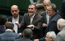 علیاصغر زارعی اکنون یک «برند» که نه، یک پرچم است