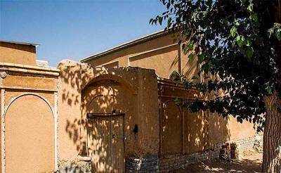 حاجی علی کاندیدای مجلس یازدهم به سراغ معرفی ظرفیتهای شهر وزوان رفت